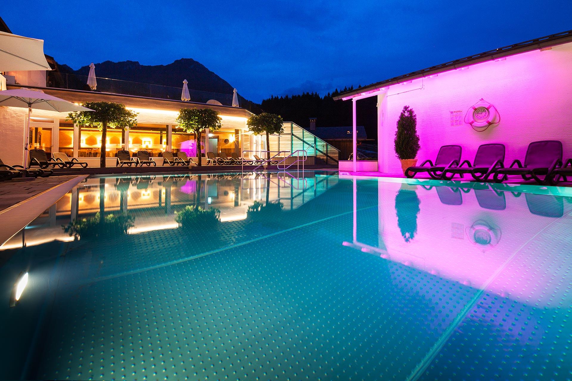 Alpenhof Wellness Aussenpool 12638201721101525